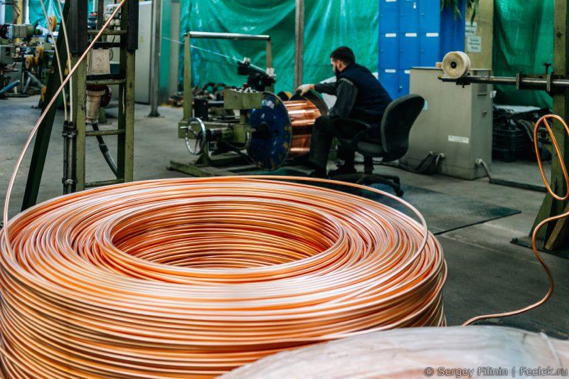 Процесс волочения катанки для медной проводки.