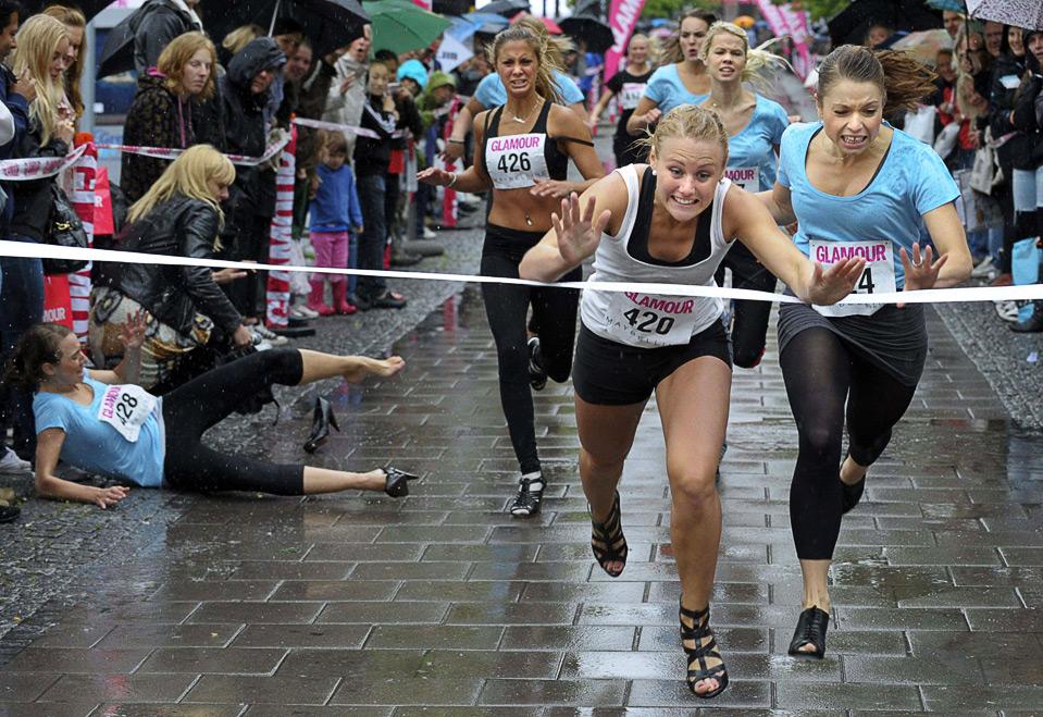 Смешные картинки марафон, открытка бумаги