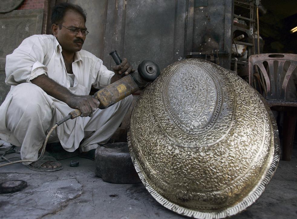 artesano paquistano