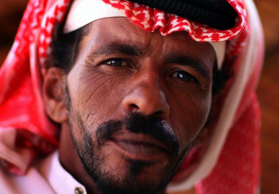 стал иорданцы мужчины фото столицу острова ираклион