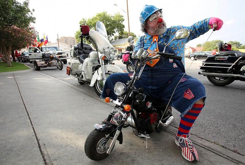 Картинки байкеров на мотоциклах прикольные
