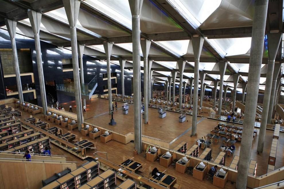 10) Знаменитая Александрийская библиотека – верх красоты и великолепия. (Gardel Bertrand/Hemis.fr)
