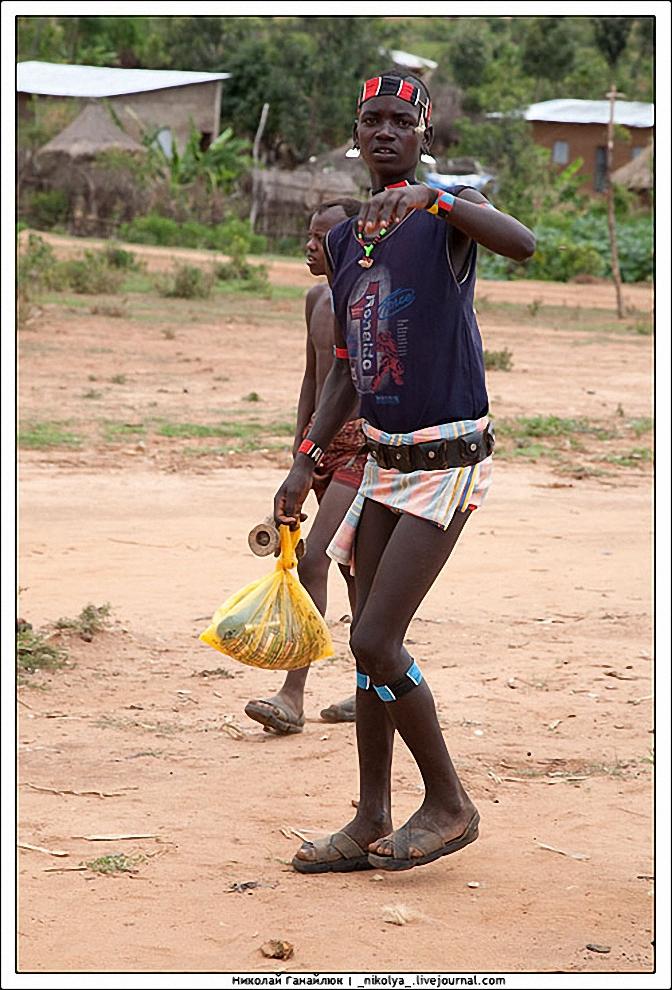 22) На юге Эфиопии почти не встретишь тучных людей.