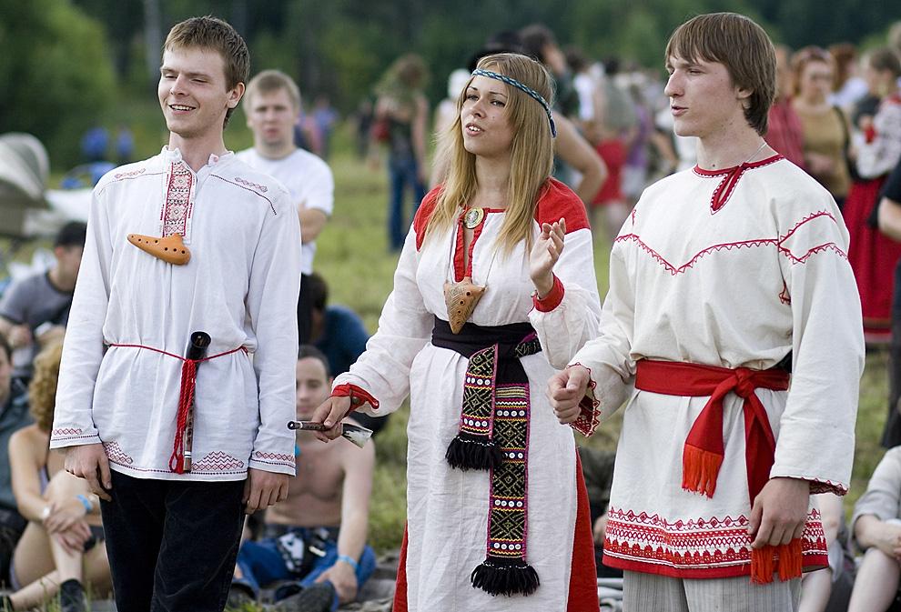 Исполнители традиционных славянских песнопений