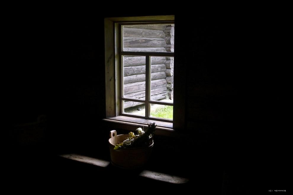 28) Вид из окна бани.