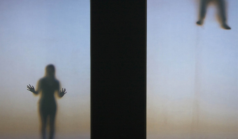 Работа поляка Кшиштофа Водичко «Гости» («Guests») в польском павильоне во время Венецианской биеннале, 4 июня 2009. (REUTERS/Tony Gentile)