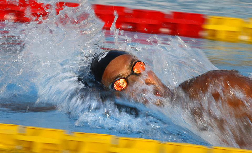 27) Усама Меллули из Туниса — победитель на дистанции 1,500 метров вольным стилем в финале Средиземноморских игр в Пескаре 1 июля. (AP Photo/Alessandra Tarantino)