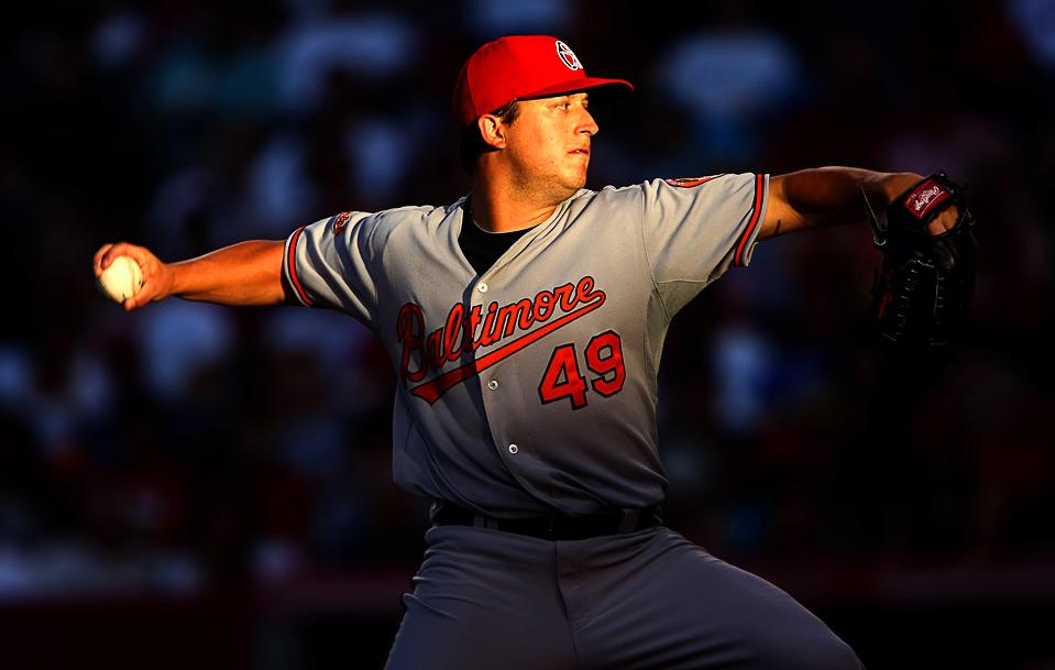 30) Питчер «Baltimore Orioles» Джейсон Беркен в игре против «Los Angeles Angels», которая прошла 4 июля в городе Анахайм, штат Калифорния. (Stephen Dunn/Getty Images)