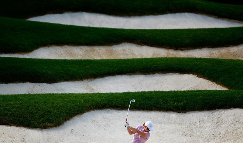 28) Морган Прессел делает удар с песка во время Открытого Чемпионата США 2009 по гольфу 9 июля в Бетлехеме, штат Пенсильвания. (Streeter Lecka/Getty Images)