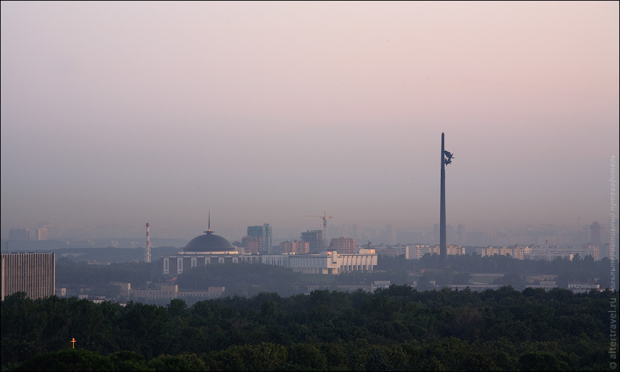 ) Парк Победы на Поклонной горе.