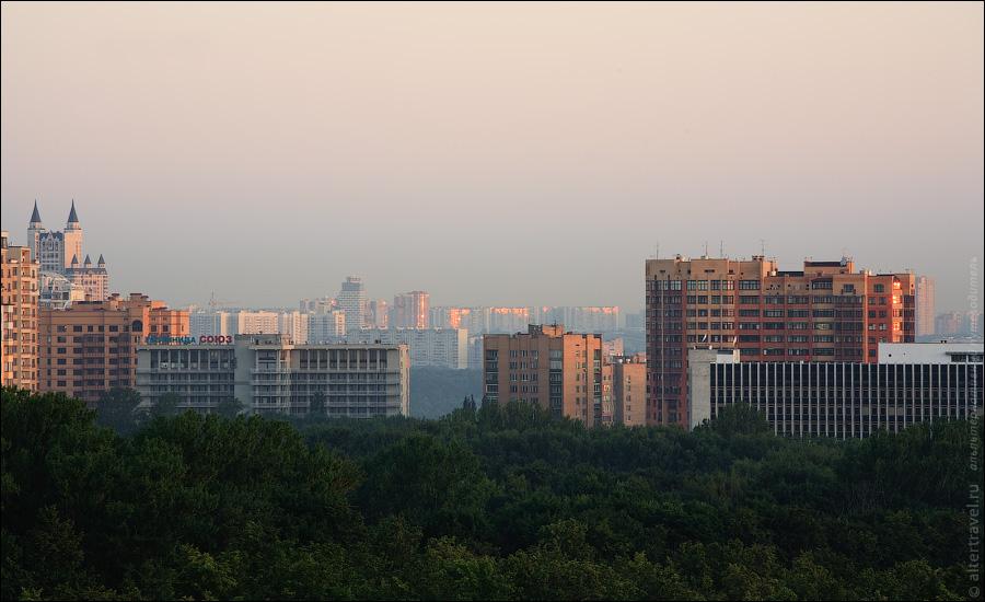 ) Гостиница Союз в Раменках, высотка Эдельвейс, бизнес-центр Профико в Крылатском.