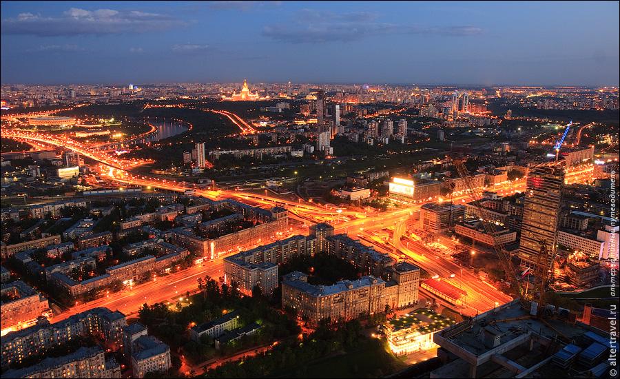 24) Развязка ТТК и Кутузовского проспекта, Юго-западный район города.