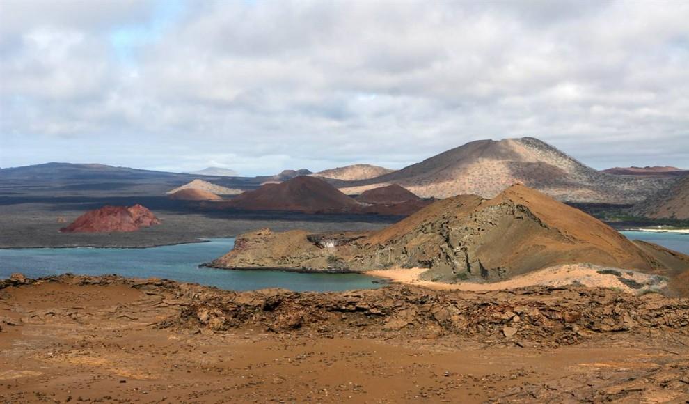 ) История самого известного и наиболее посещаемого Национального Парка США насчитывает более 6 миллионов лет. Раскинувшись на 10 миль в ширину, он простирается на много миль вперед. (Karen Bleier / AFP - Getty Images)
