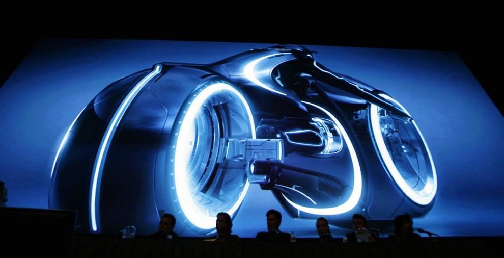 """23) Промо нового фильма """"Tron 2.0"""" было показано на фестивале Comic-Con. Это один из самых ожидаемых сиквеллов фильма """"Tron"""" (1982 г.) Выход фильма назначен на 2011 год. (Mario Anzuoni/Reuters)"""