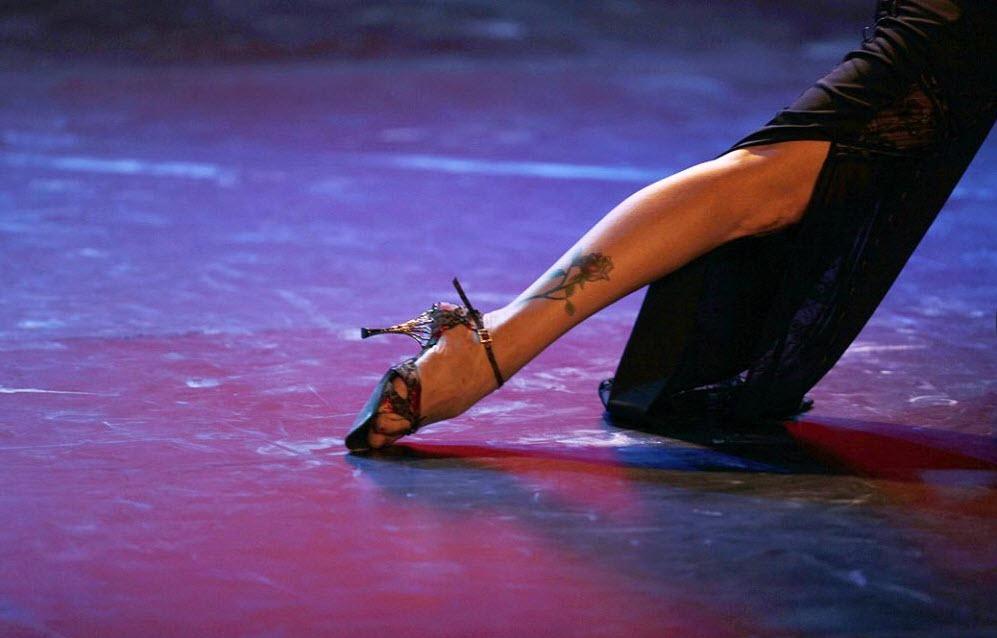 5. Пара танцует танго в отборочном соревновании 26 августа. (Natacha Pisarenko, AP)