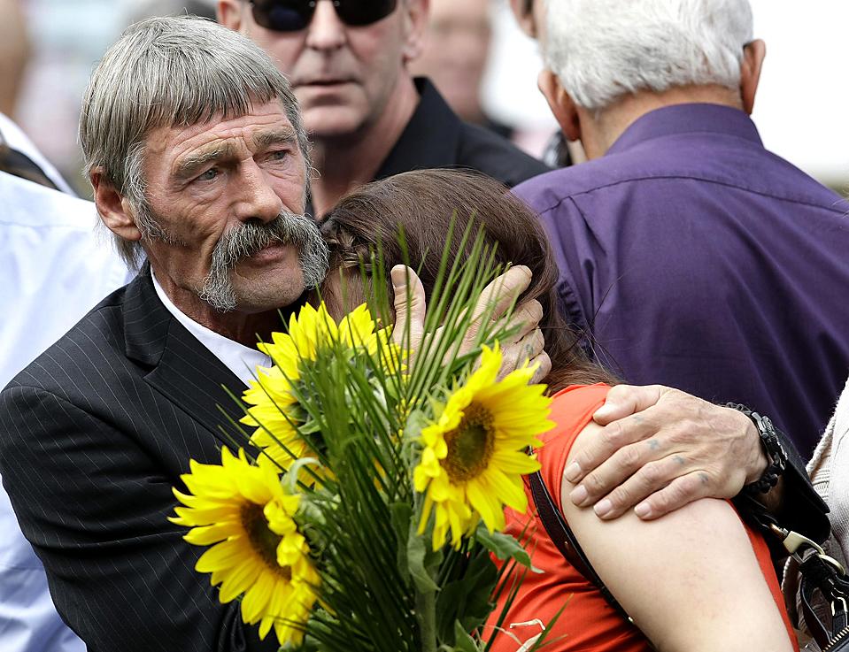 http://bigpicture.ru/wp-content/uploads/2009/08/0827podb.jpg