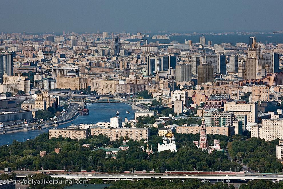15) Москва-Река, Новодевичий Монастырь и Третье Транспортное Кольцо.
