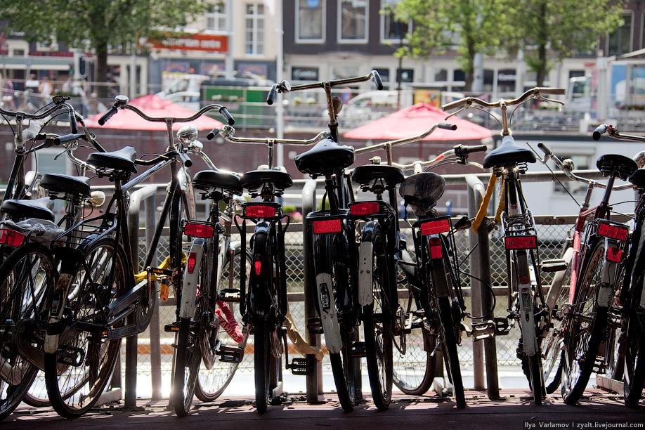 18) Есть даже специальная гостиница для велосипедистов, Van Ostade Bicycle Hotel.