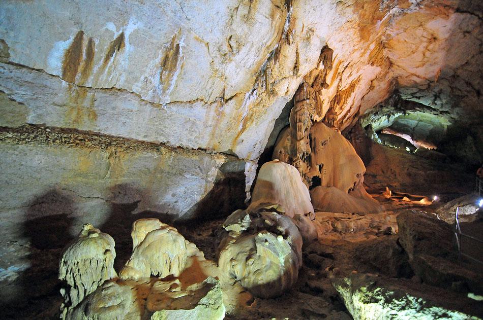 3848739815 a5f518b99d o1 Мраморная пещера в Крыму