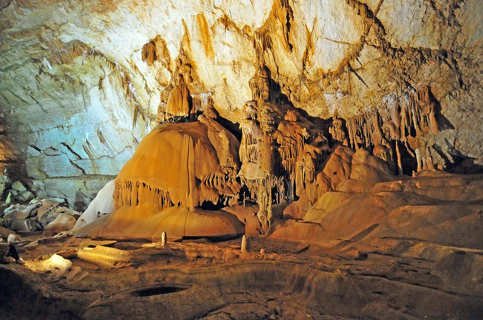 3849536568 92ec30f4fa o Мраморная пещера в Крыму