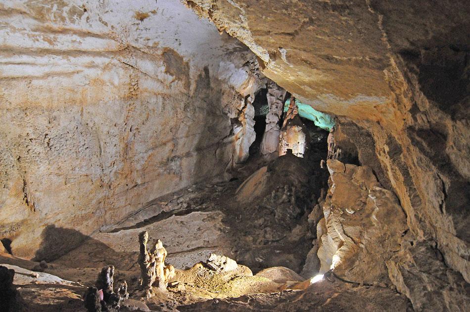 3849536704 9a7a3e680d o Мраморная пещера в Крыму