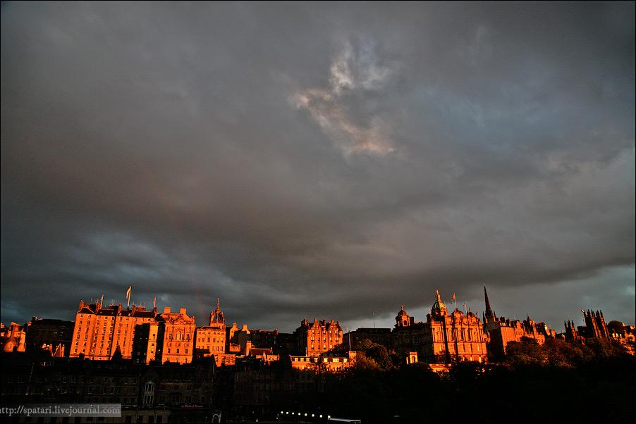 13) Климат в Эдинбурге умеренный морской, мягкий. Летом температура воздуха редко превышает 23°C, а зимой редко опускается ниже 0°C.