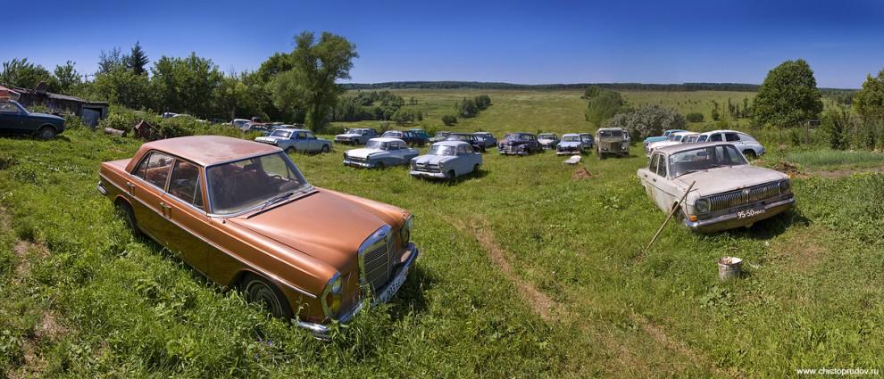 43) «Mercedes Benz W108» 64 года и «Волга-24».