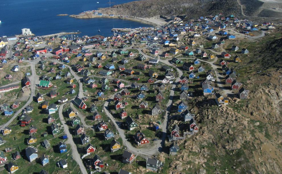 31. Упернавик, Гренландия. Снимок сделан с вертолета 11 июля 2007 года. (Kim Hansen / CC BY-SA)