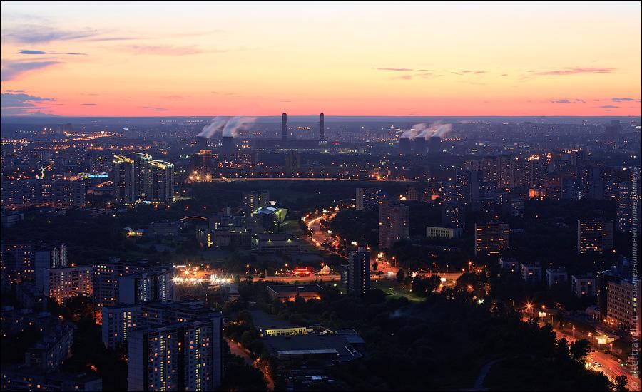 Яркие огни на проспекте Вернадского, ул. Лобачевского, Мичуринский проспект, ТЭЦ в Очаково.