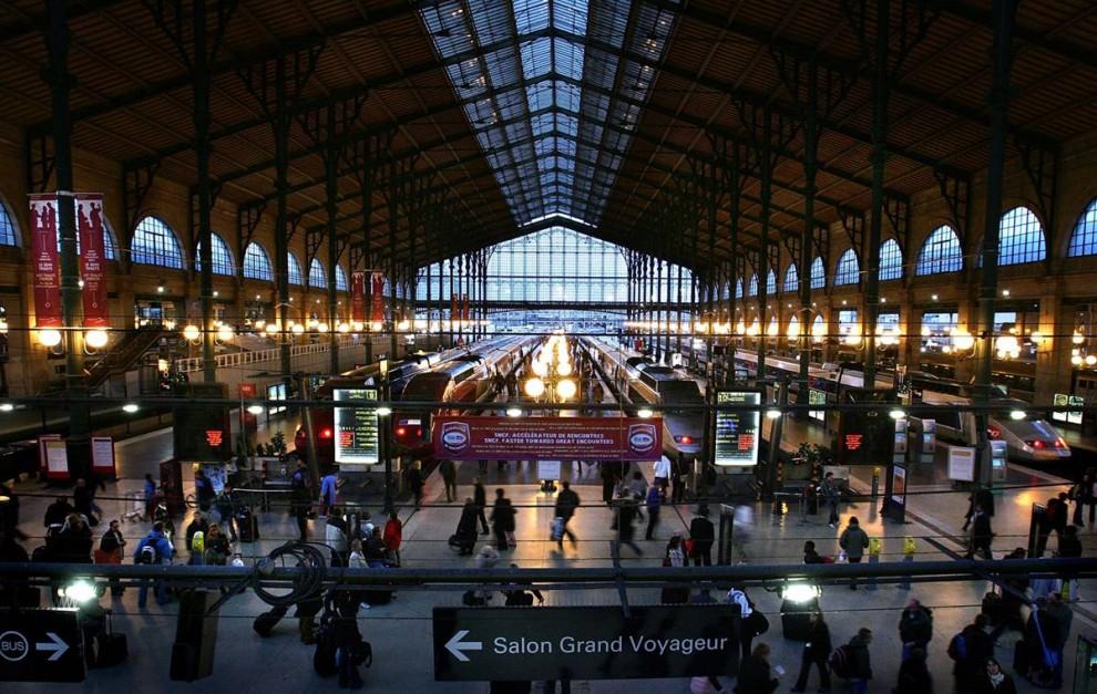 7) Французская связь: Сеть высокоскоростных поездов во Франции находится на ж/д станции Гаре ду Норд в Париже. Название произошло от идеи, что люди смогут путешествовать в Бельгию, Нидерланды, Северную Германию и Скандинавские страны. (Cate Gillon/Getty Images)