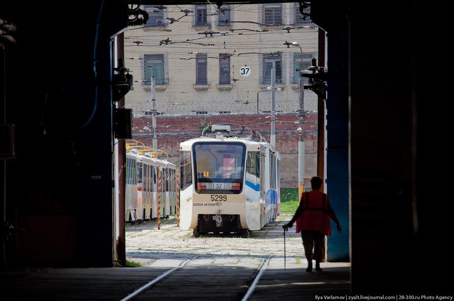 В 2009 году в депо поступило 29 новых вагонов. Каждый такой трамвай стоит около 10 миллионов рублей, а капитальный ремонт на заводе обходится в 300 тысяч рублей.