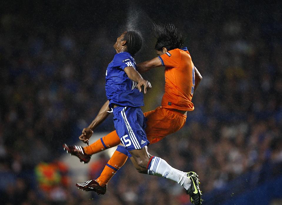 Необычные картинки про футбол