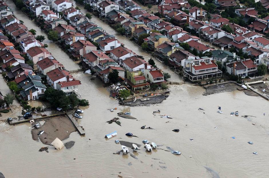 14) Затопленный Стамбул – вид с воздуха