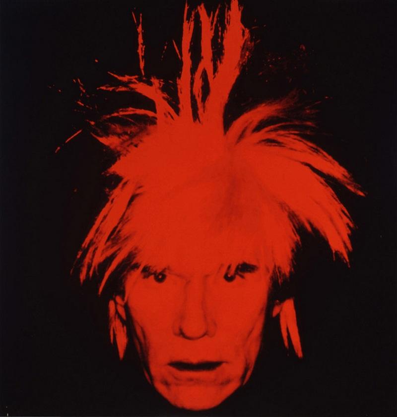 23) Энди Уорхол. Уорхол один из крупнейших художников и фотографов современности, на его счету огромное количество, как фоторабот, так и картин и даже фильмов. За свою жизнь Уорхол создал несколько автопортретов, а также портретов известных людей. Этот автопортрет выставлен в Галерее Тейт в Лондоне. Дата: 1986. Фотограф: Энди Уорхол