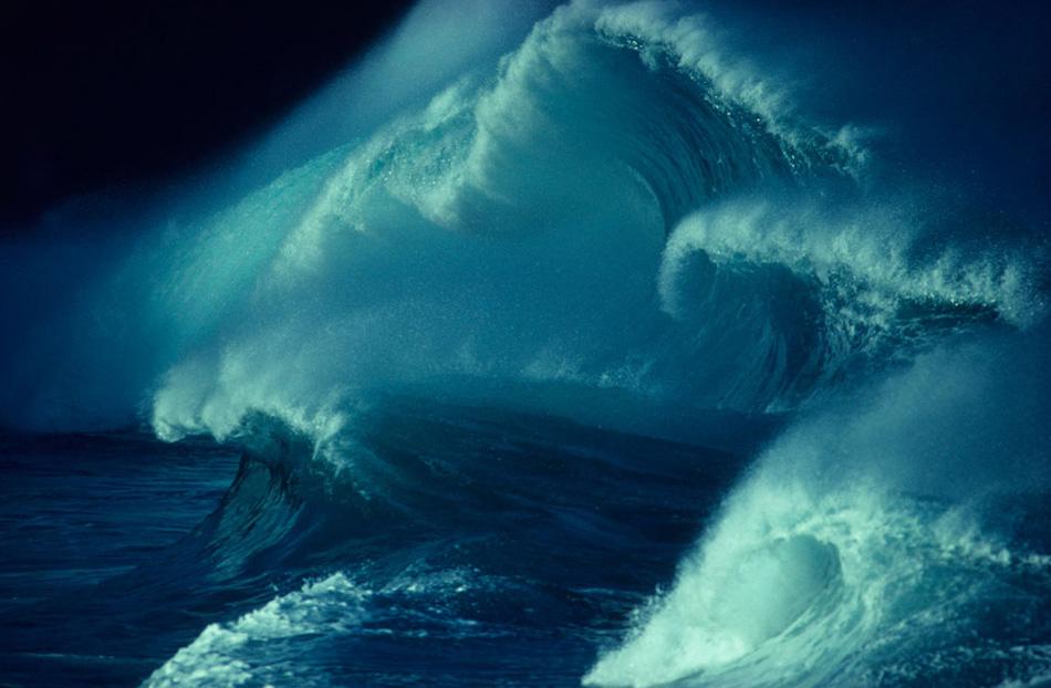 4) Волны у берегов Вайми.