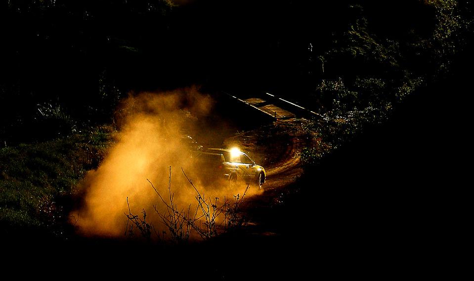 22) Ричард и Сара Мэйсон из Новой Зеландии на своей Subaru Impreza WRX STI участвуют в австралийском этапе ралли «Repco» в Кингсклиффе, Австралия, 5 сентября. (Quinn Rooney/Getty Images)