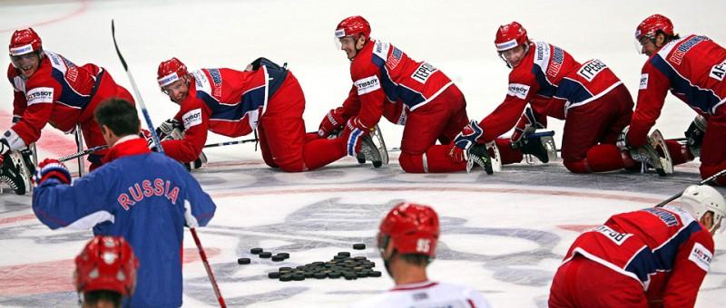 Елена Исинбаева установила новый мировой рекорд и другие спортивные фото