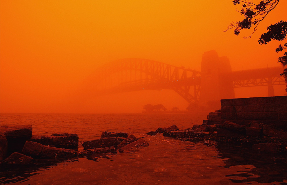20) Сиднейский мост 23 сентября, 2009. (Cameron Spencer/Getty Images)