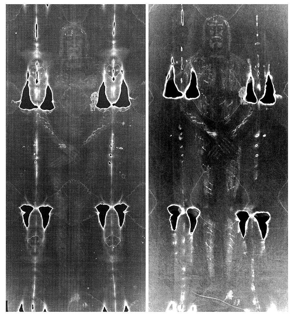 10) Негативное изображение Туринской плащаницы из архива, слева, рядом с изображением, «плащаницы» воссозданной итальянским ученым, которое было опубликовано в Павии в понедельник. Ученый использовал материалы и методы доступные в средние века для создания ткани, подобной Туринской плащанице, чтобы доказать что знаменитая реликвия представляет собой средневековую подделку. (Turin Diocese and Luigi Garlaschelli/Reuters)