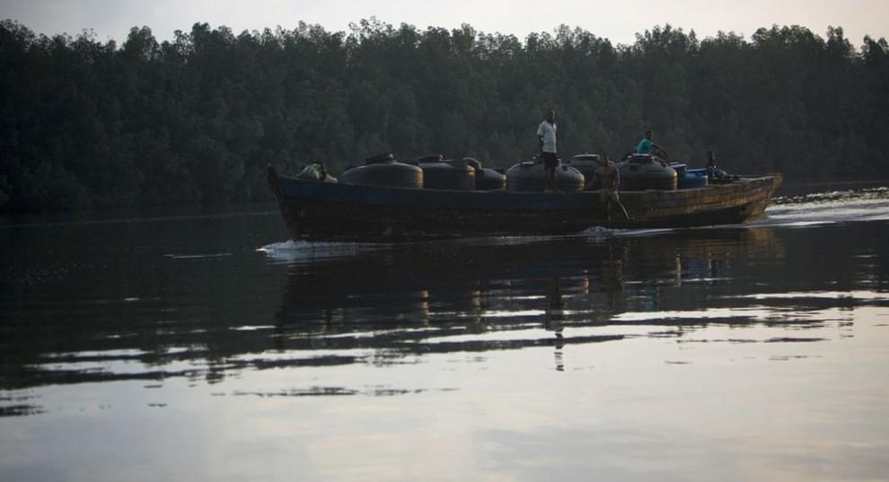 Нигерийские нефтяные пираты