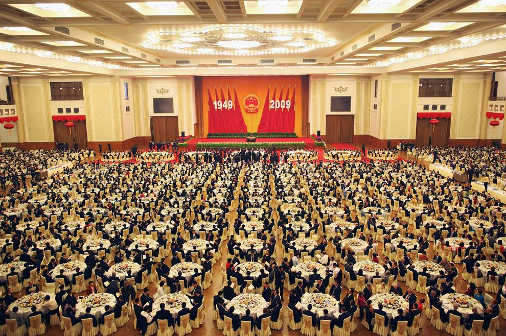 29. Банкет в честь 60-ой годовщины основания Китая в среду 30 сентября 2009 года в Доме народных собраний в Пекине, Китай. (AP Photo/Feng Li, Pool)