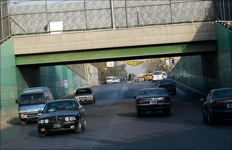 7) Уличный туннель для автотранспорта в Багдаде. (Getty Images/Chris Hondros)