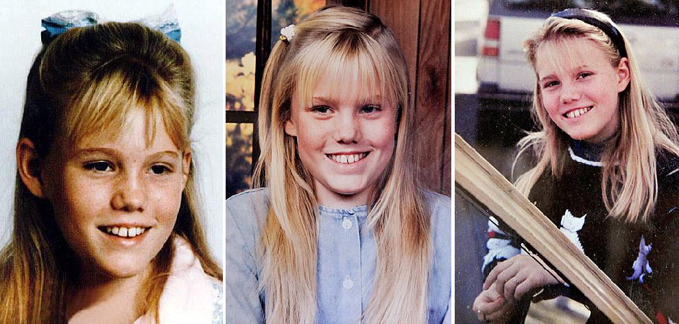 2. Дугард было 11, когда ее похитили в 1991 году прямо на улице. Девочка шла к автобусной остановке недалеко от своего дома в Саут Лэйк Тахо, штат Калифорния. 26 августа этого года она вошла в полицейский участок Северной Калифорнии в сопровождении Филиппа Гарридо и сказала, что она и есть похищенная много лет назад Джейси Дугард. (National Center for Missing & Exploited Children/AP)