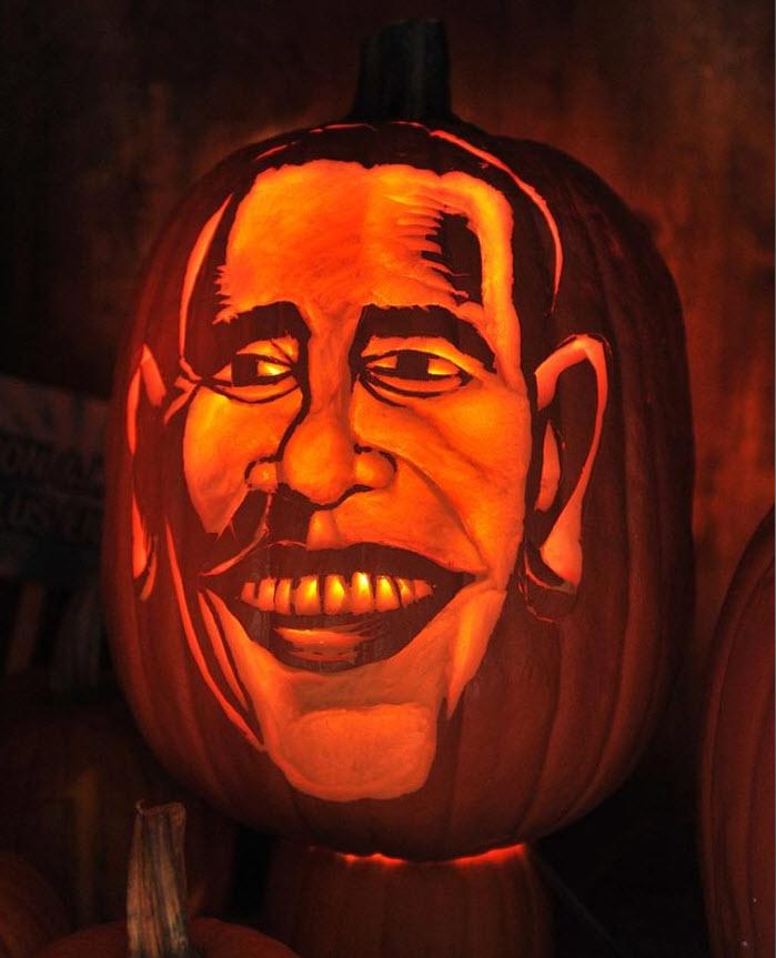 11. Тыква с карикатурным изображением Барака Обамы на ярмарке на улицах Манхэттена 23 октября. (Henry S. Dziekan III, Getty Images)