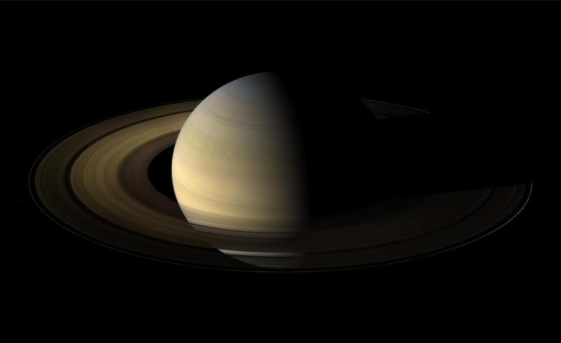 s01 pia1 800x489 Равноденствие на Сатурне