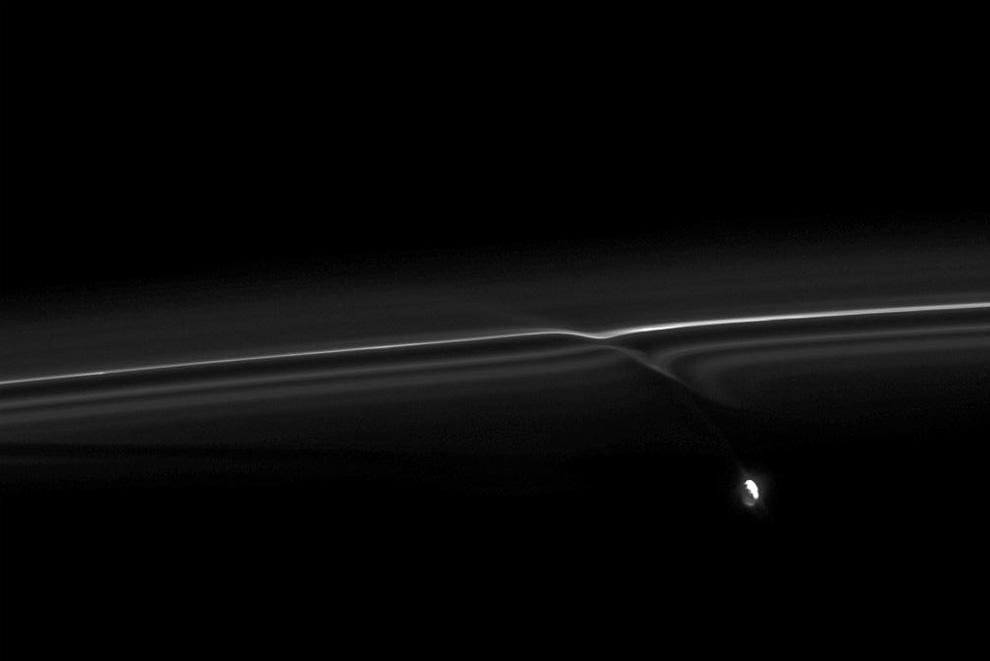 s04 pia1 Равноденствие на Сатурне