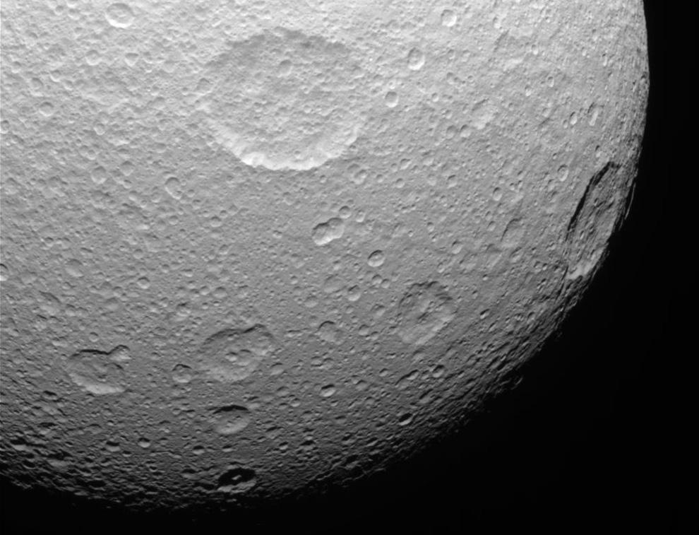 s06 n001 Равноденствие на Сатурне