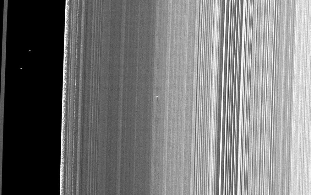 s15 pia1 Равноденствие на Сатурне