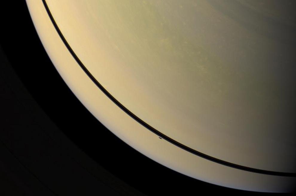 s22 pia1 Равноденствие на Сатурне