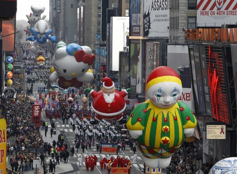 Парад на День Благодарения в Нью-Йорке